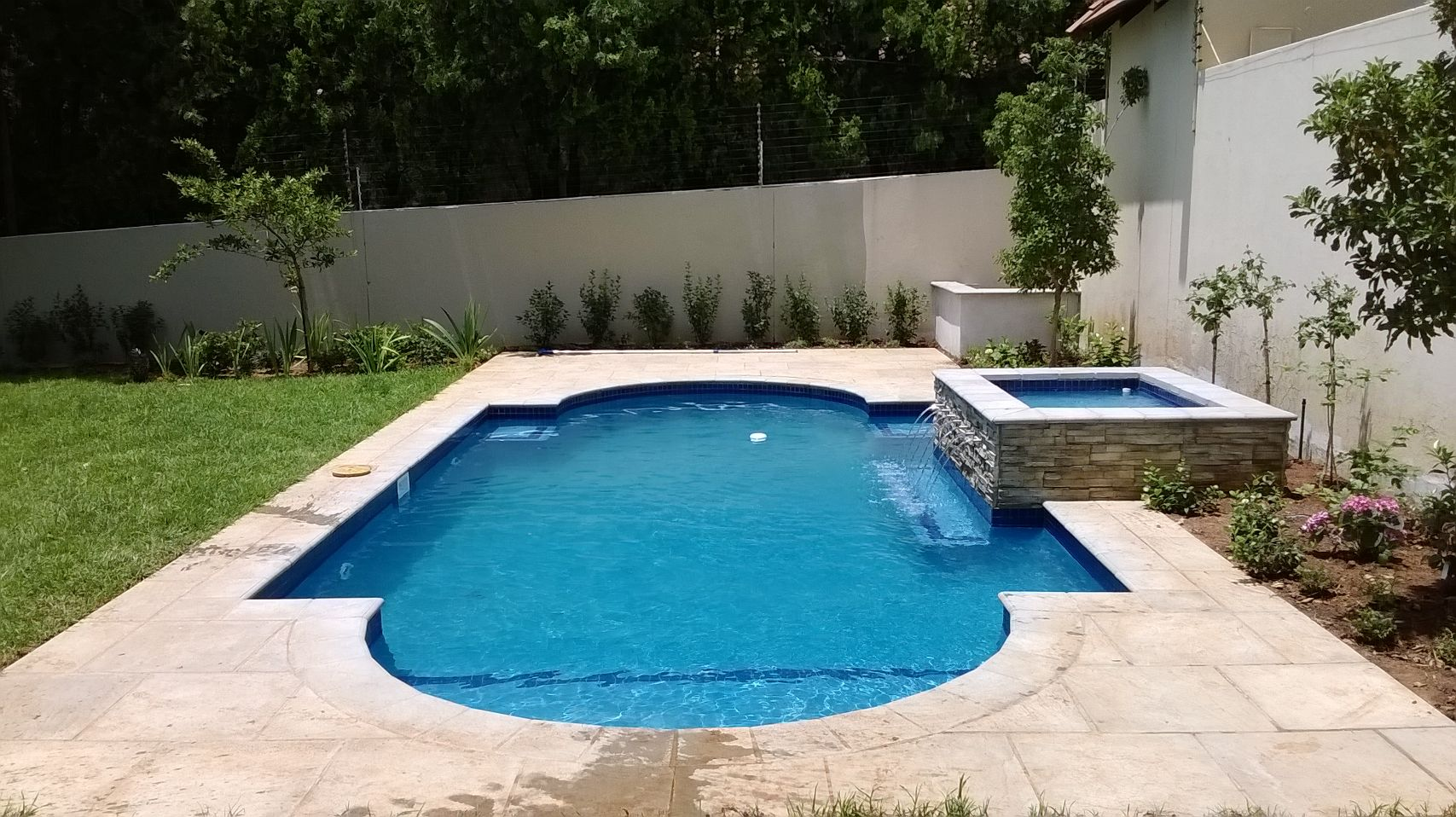 New projects swimming pools johannesburg for Pool design johannesburg